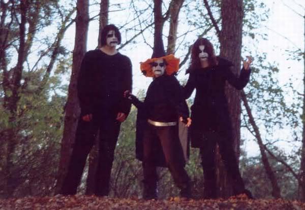 ridiculous-black-metal-8